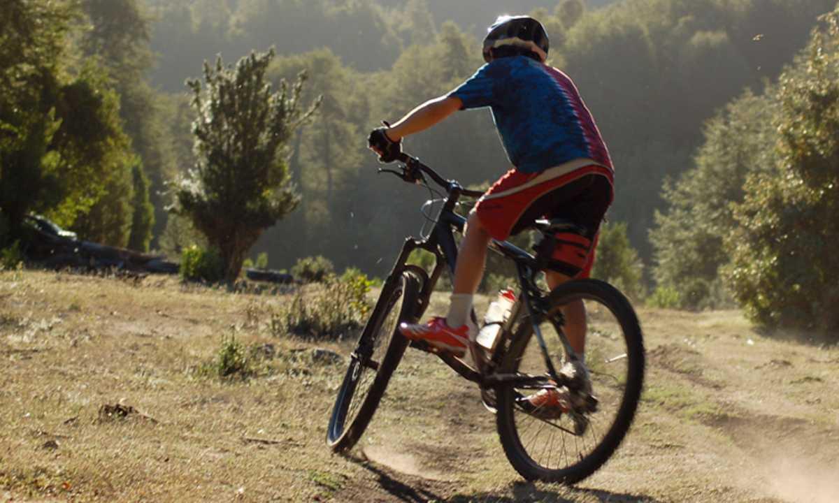 Biking the Puelo Valley - COMA