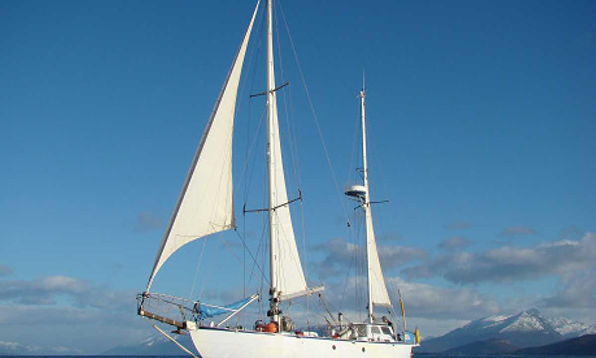 Ksar Boat Cropped