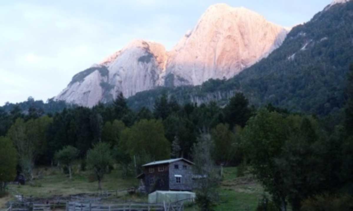 Mountain Lodge Cochamo - Small - SD