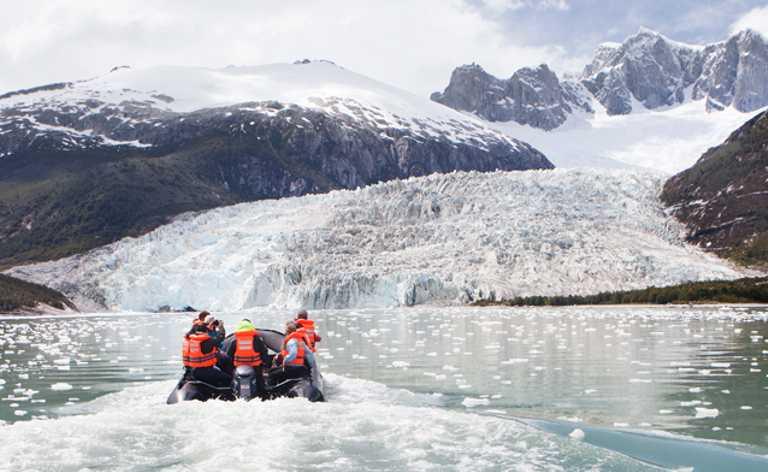 Zodiac-Patagonia-Cruise-CRUC-p-p