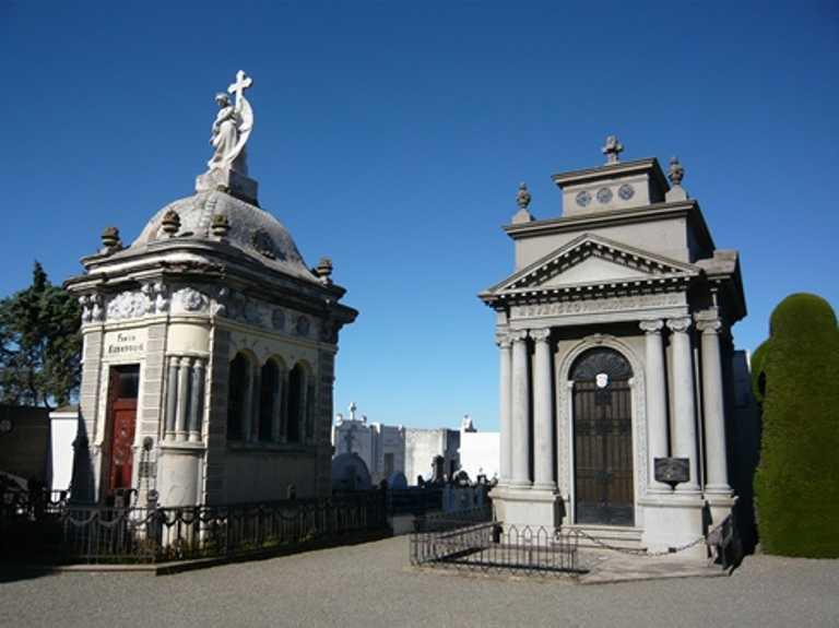 Punta Arenas Cemetery - Small - SH p-p