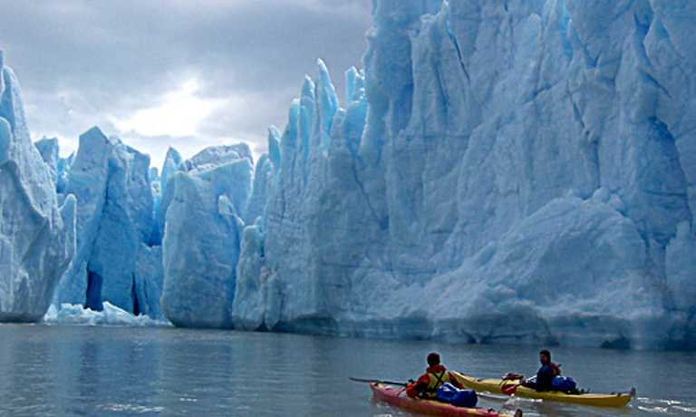 Perito Moreno, W Circuit, kayaking and return to Calafate trip