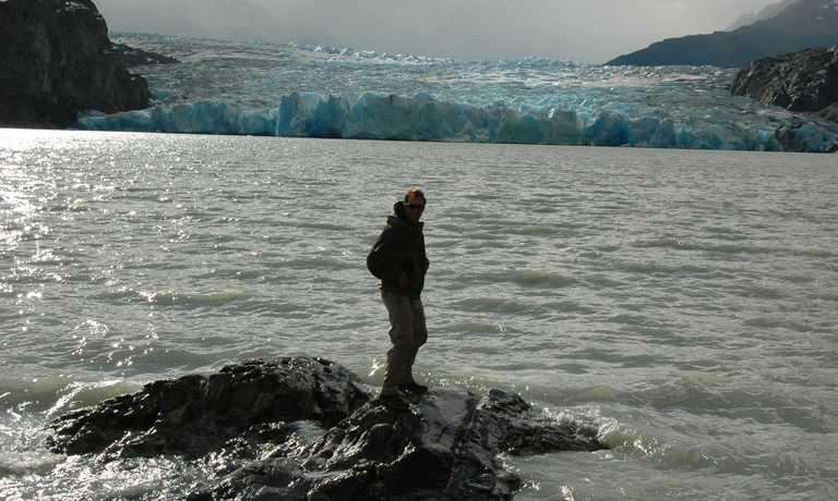 Perito Moreno Glacier Tour 4d 3n